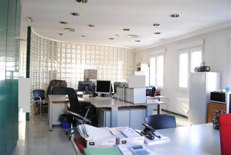 affitto ufficio roma flaminio / fleming / vign Piazza della Marina 6200 euro  20 locali  320 mq