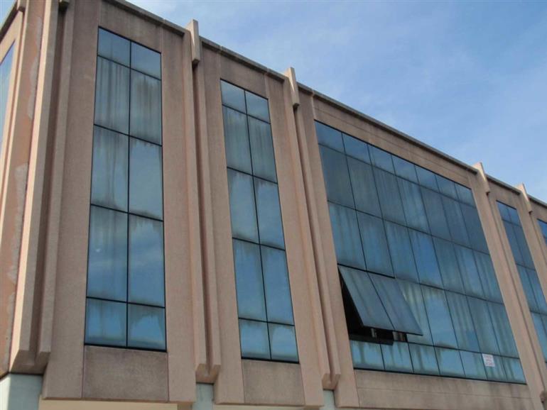Stabile / Palazzo in discrete condizioni in affitto Rif. 10588342