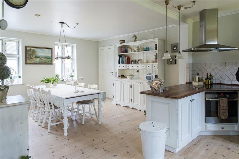 Appartamento in discrete condizioni in vendita Rif. 11518838