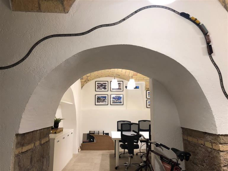 Appartamento in vendita a Roma, 7 locali, prezzo € 269.000 | CambioCasa.it