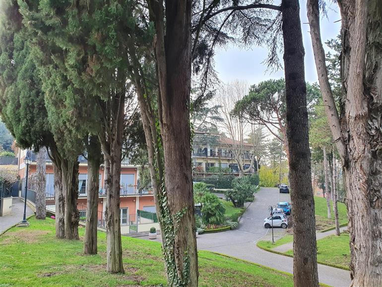 Appartamento in vendita a Roma, 15 locali, prezzo € 795.000   CambioCasa.it