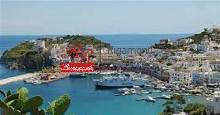 Albergo in vendita a Terracina, 84 locali, prezzo € 2.300.000   CambioCasa.it