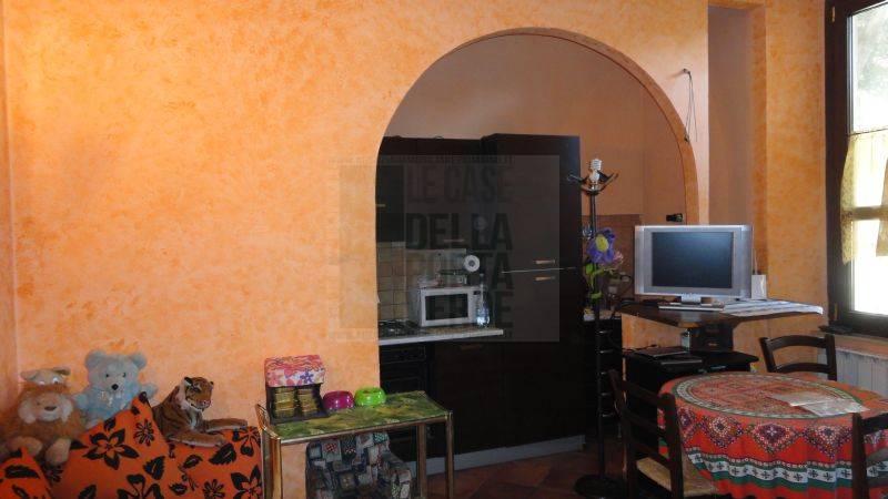 Appartamento in vendita a Piombino, 3 locali, zona Località: GENERICA, prezzo € 105.000 | Cambio Casa.it