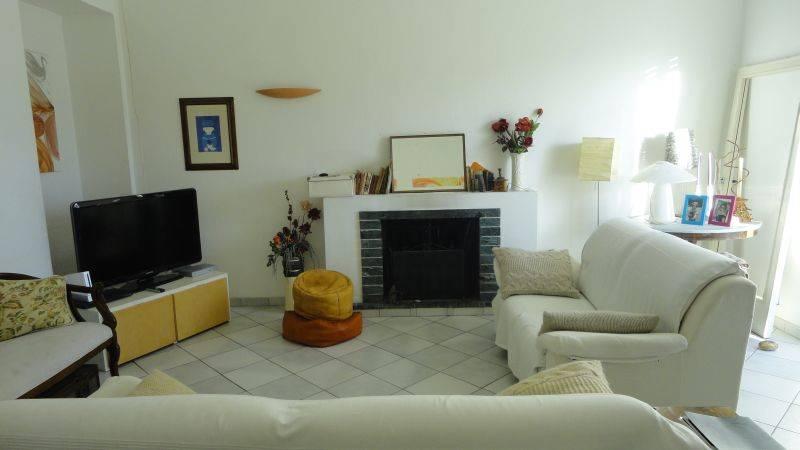 Appartamento in vendita a Piombino, 5 locali, zona Località: GENERICA, prezzo € 190.000   Cambio Casa.it