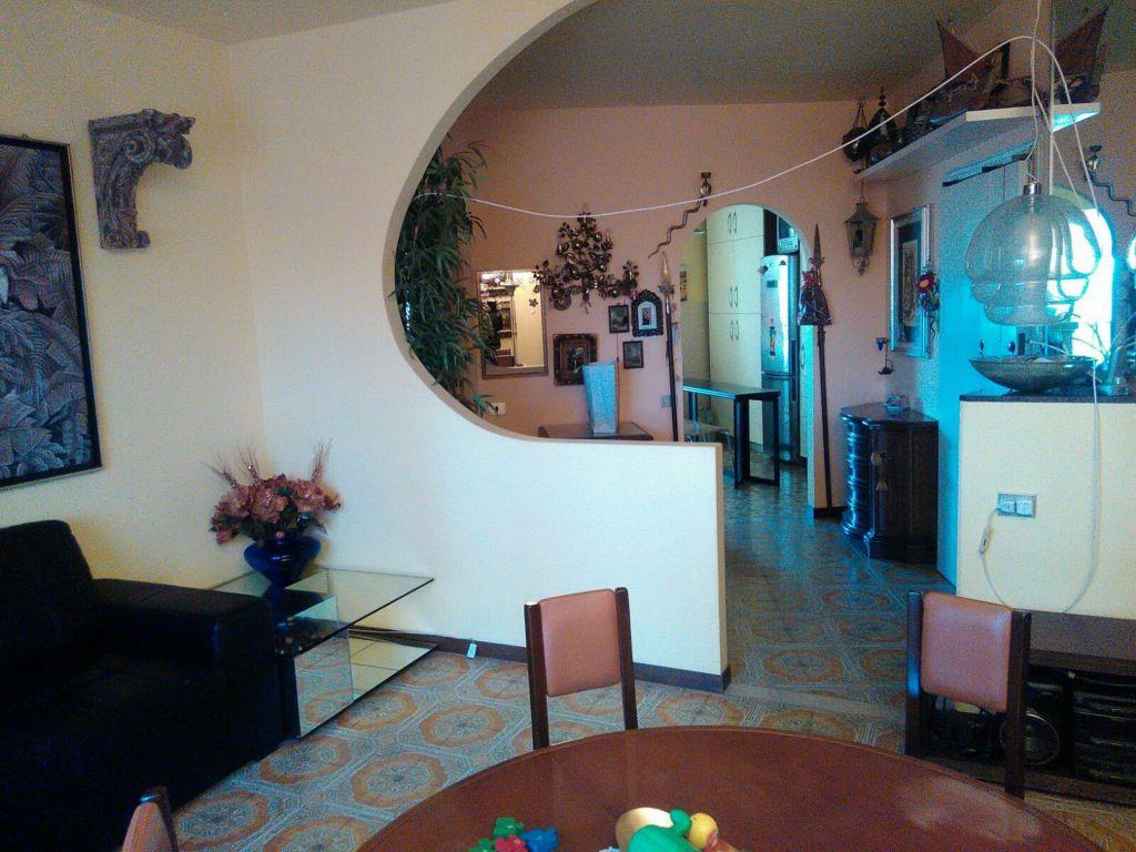 Appartamento in vendita a Piombino, 4 locali, zona Località: GENERICA, prezzo € 140.000 | Cambio Casa.it