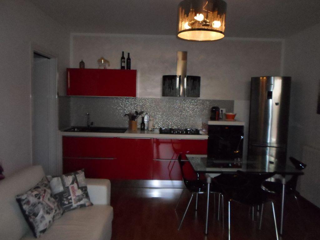 Soluzione Indipendente in vendita a Piombino, 3 locali, zona Località: GENERICA, prezzo € 160.000 | Cambio Casa.it
