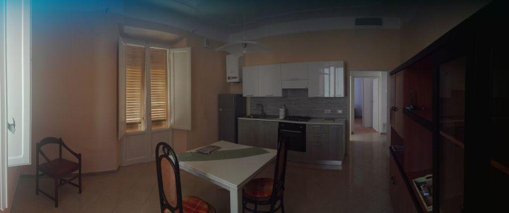 Appartamento arredato in affitto Rif. 8070476