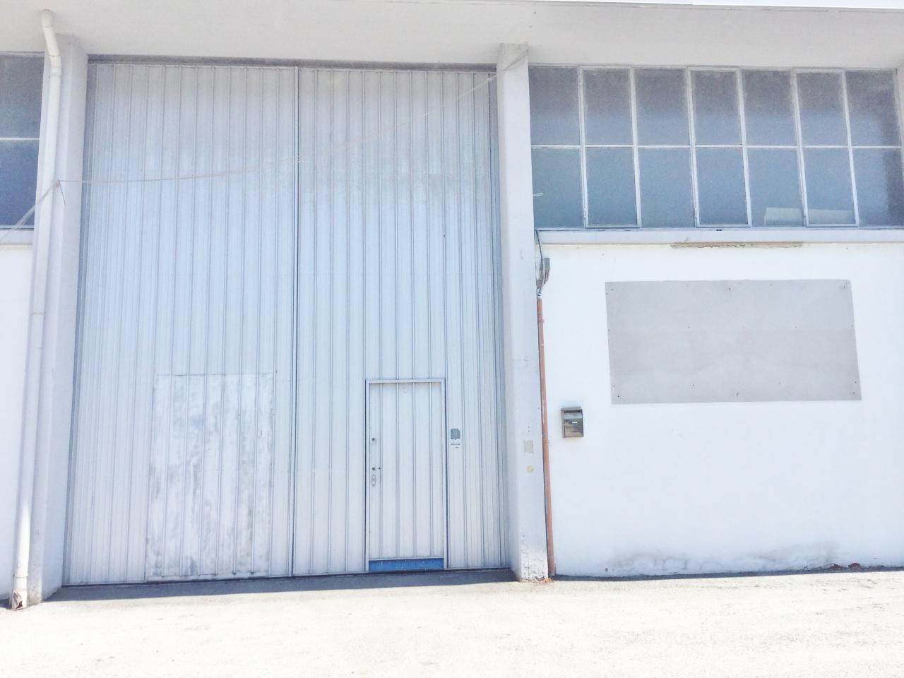 Laboratorio in affitto a Camaiore, 1 locali, prezzo € 2.300 | CambioCasa.it