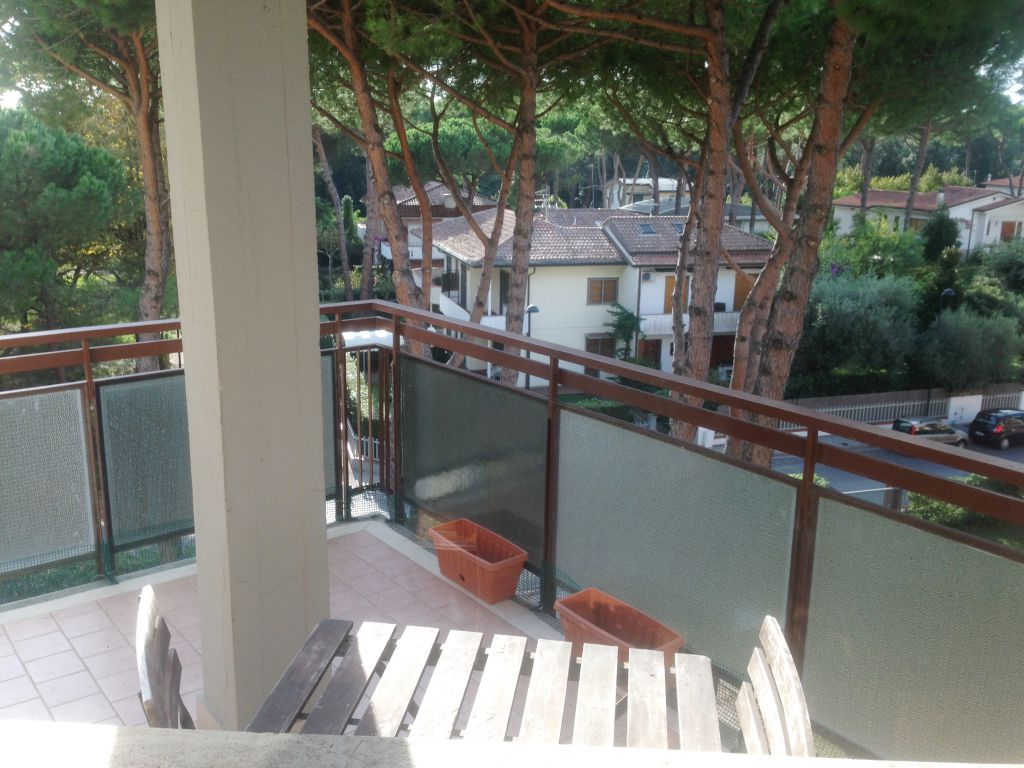 Appartamento in vendita a Pietrasanta, 6 locali, prezzo € 450.000 | PortaleAgenzieImmobiliari.it