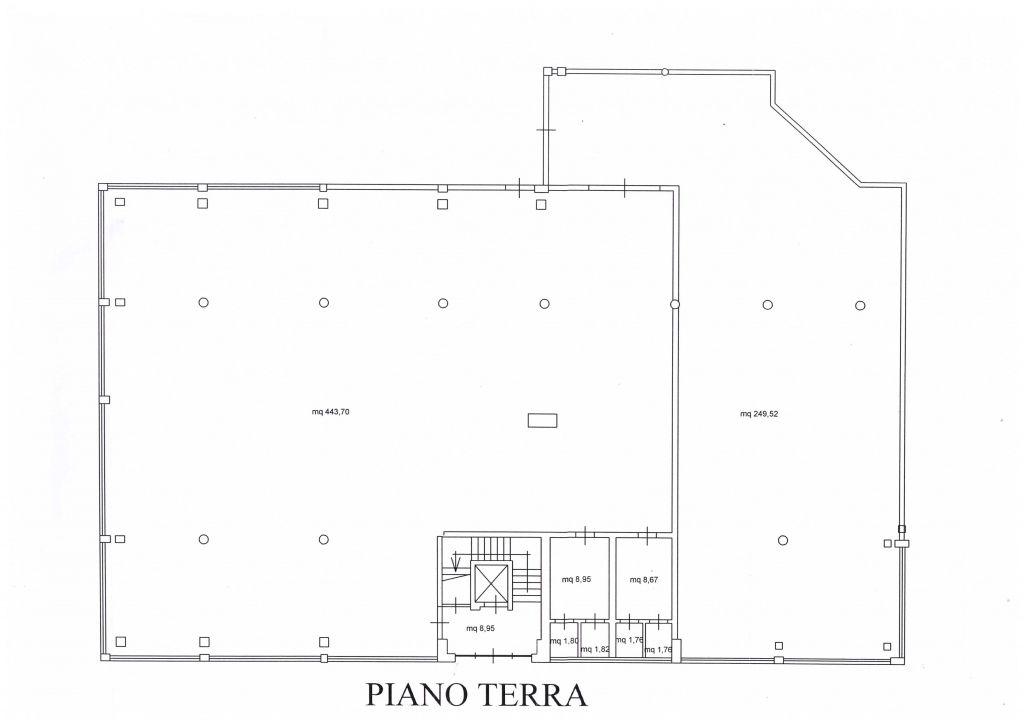 Laboratorio in affitto a Viareggio, 2 locali, prezzo € 3.800 | CambioCasa.it