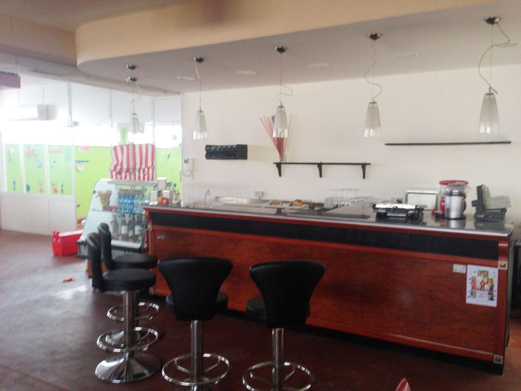 Laboratorio in vendita a Viareggio, 3 locali, prezzo € 190.000 | CambioCasa.it