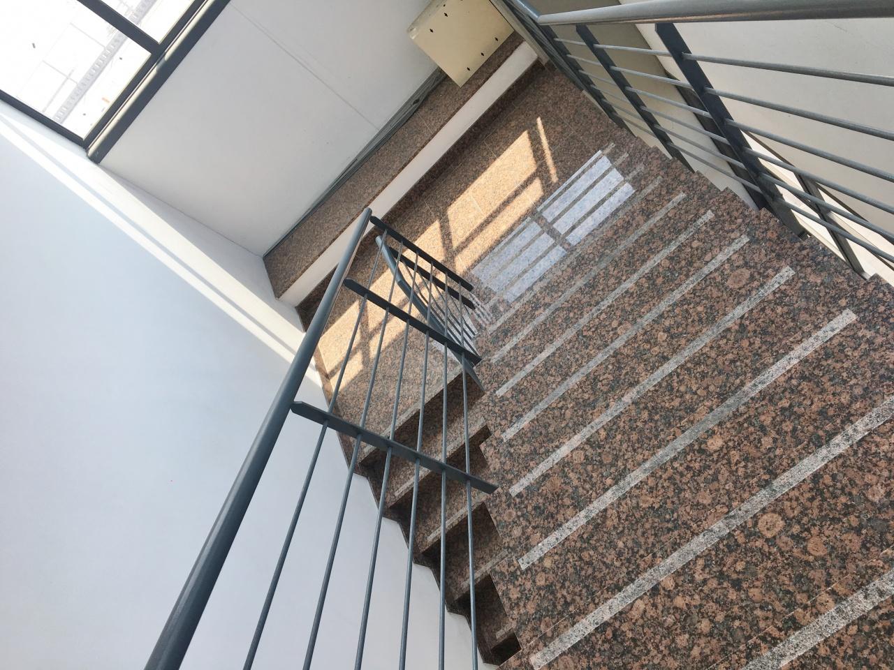 Ufficio trilocale in affitto a Viareggio (LU)-6