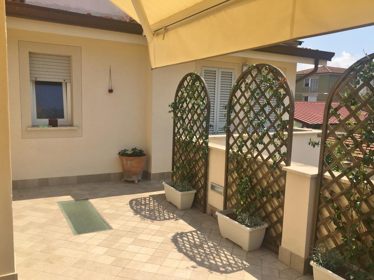 Appartamento ristrutturato arredato in affitto Rif. 9050070