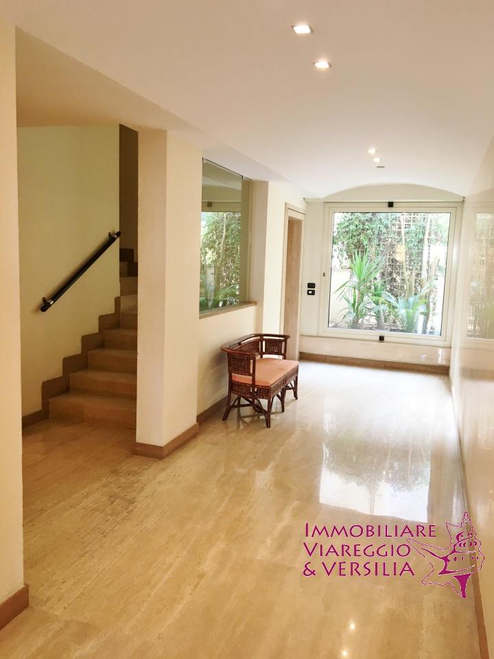 Appartamento VIAREGGIO affitto stagionale    IMMOBILIARE VIAREGGIO E VERSILIA
