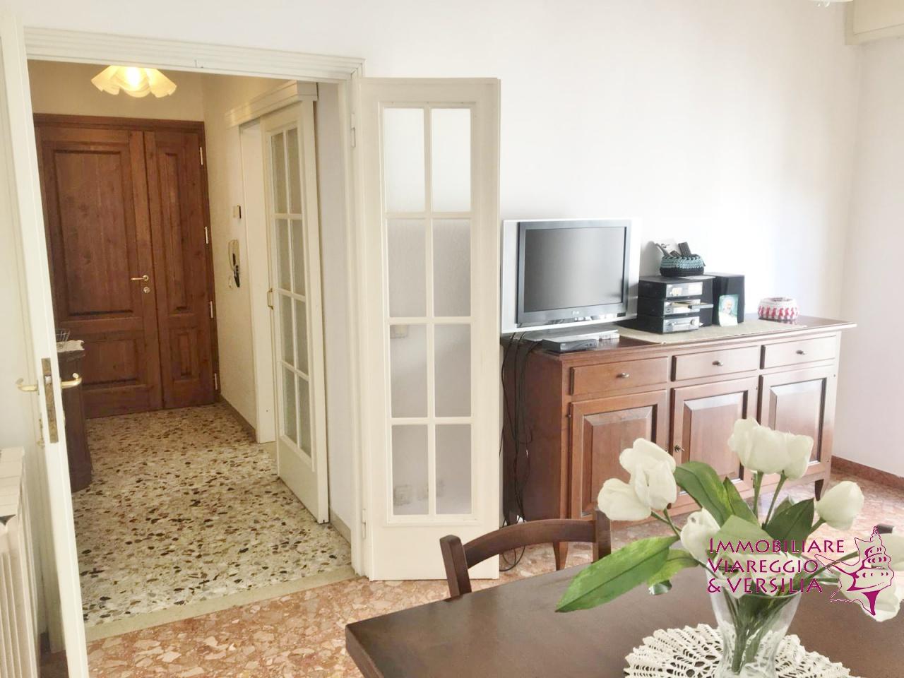 Appartamento in ottime condizioni arredato in affitto Rif. 8625437