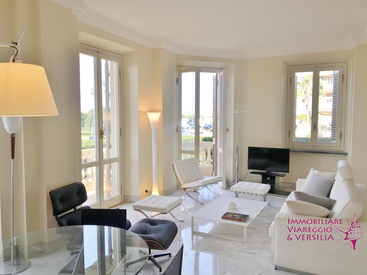 Appartamento ristrutturato arredato in vendita Rif. 9869875