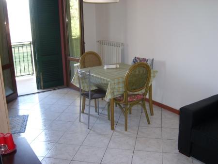 Appartamento in buone condizioni in vendita Rif. 9990769