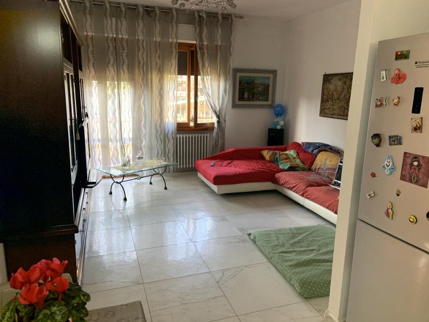 Appartamento ristrutturato in vendita Rif. 11476792