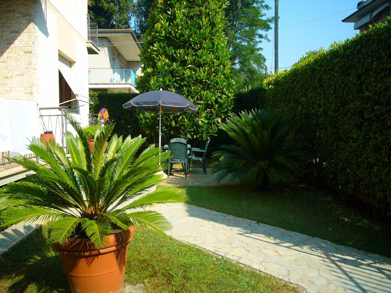 Appartamento in buone condizioni arredato in affitto Rif. 9251231