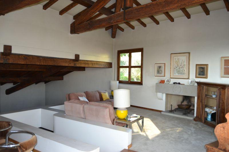 Villa singola PRATO 261