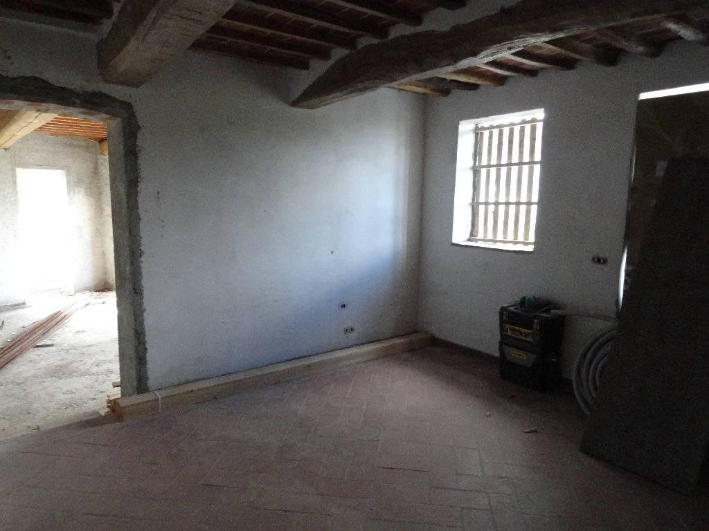 Casa Indipendente ristrutturato in vendita Rif. 10094441