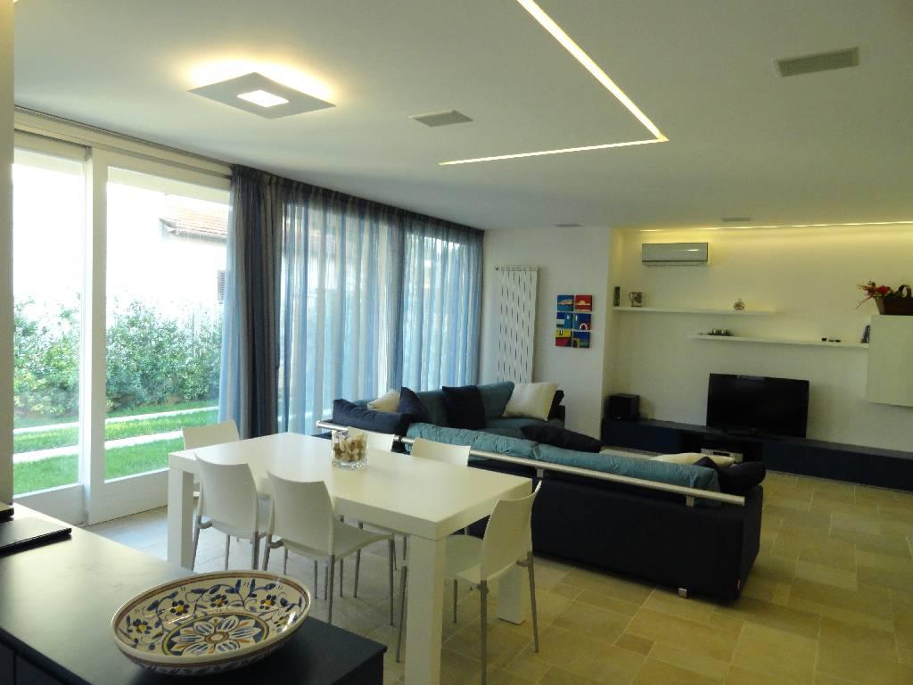 Villa a schiera FORTE DEI MARMI 147