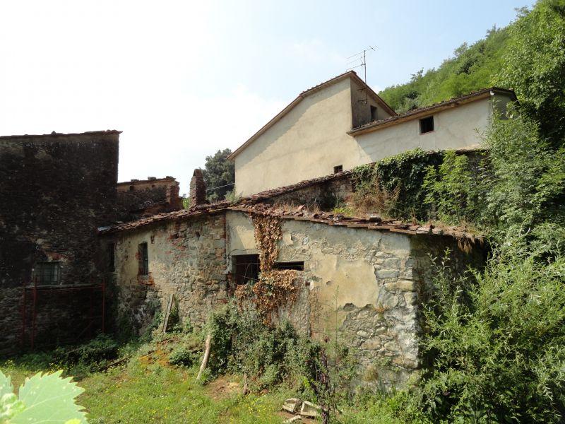 Rustico / Casale in discrete condizioni in vendita Rif. 10386121
