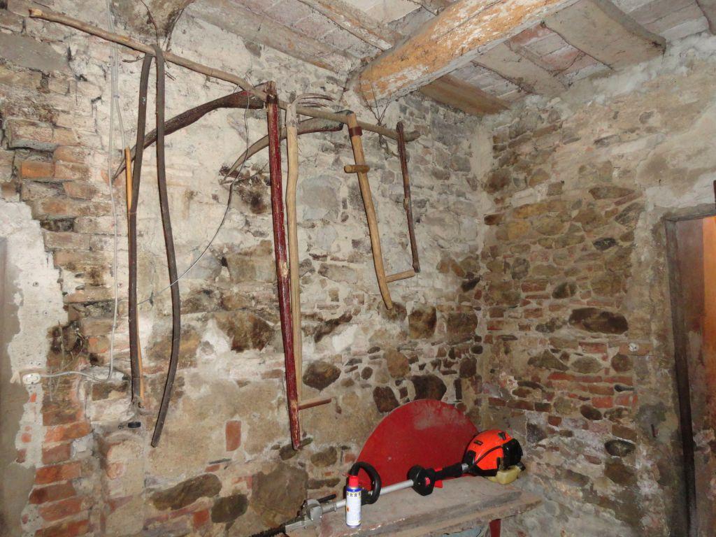 Rustico / Casale in discrete condizioni in vendita Rif. 10386196