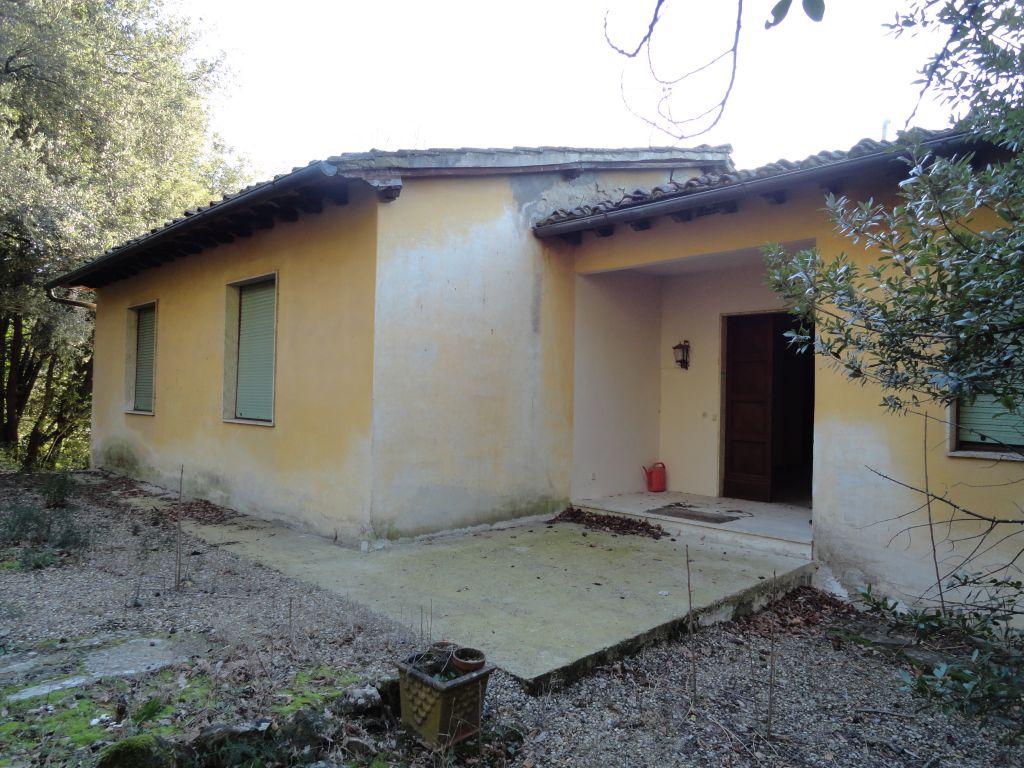 Villa in buone condizioni in vendita Rif. 10386200