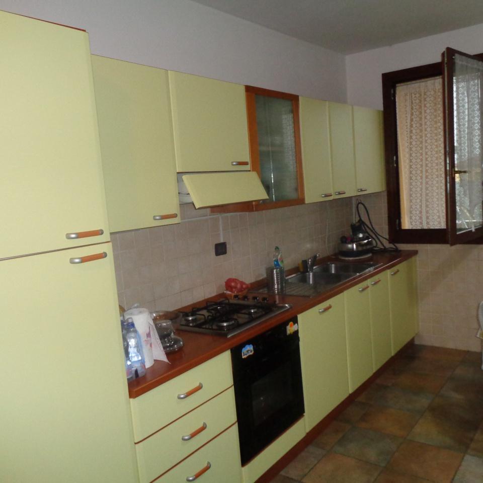 Appartamento arredato in vendita Rif. 10386220