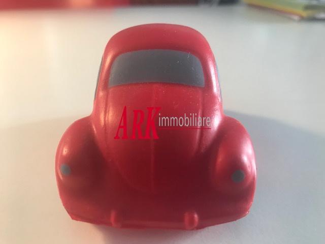 Box e posti auto ristrutturato in vendita Rif. 10747439
