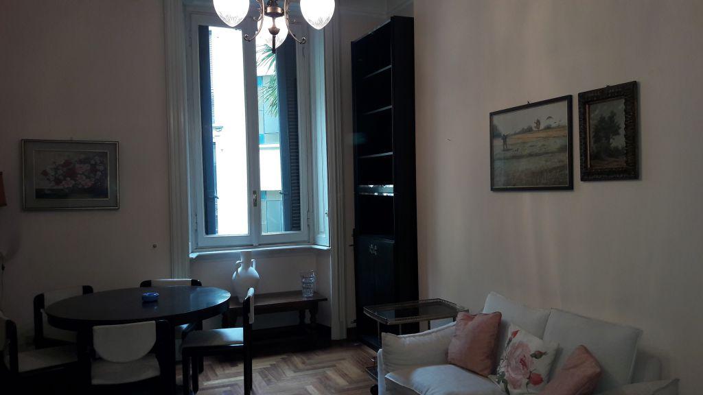 Bilocale Milano Via Mercadante 11