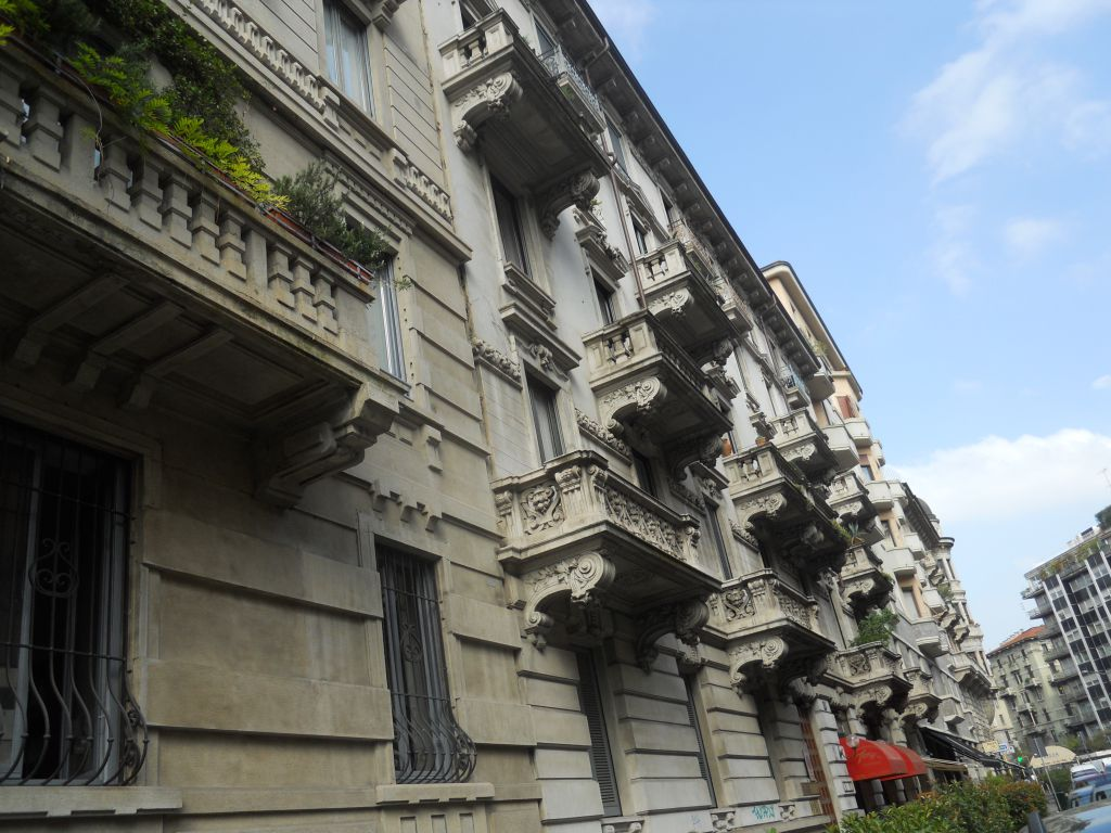 Bilocale Milano Via Mercadante 13
