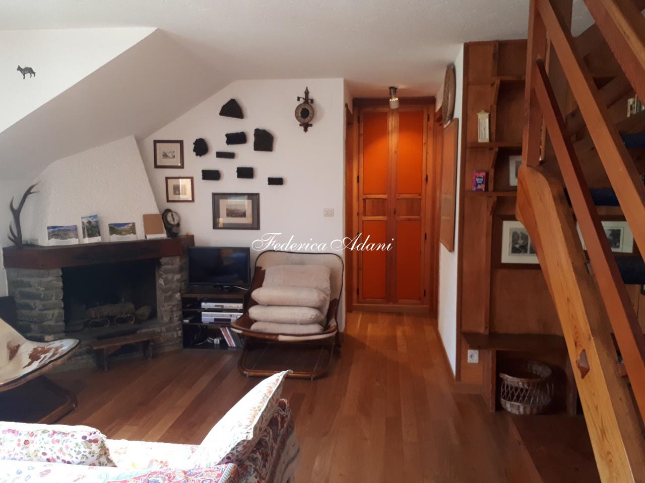 Appartamento in vendita a Prè-Saint-Didier, 3 locali, prezzo € 490.000 | CambioCasa.it