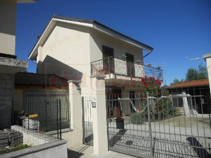Villa a Schiera in Vendita a Cavagnolo