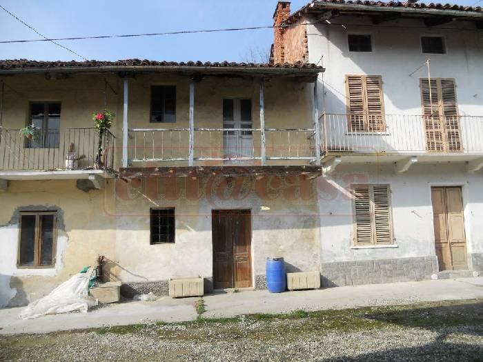 Rustico / Casale in vendita a San Sebastiano da Po, 2 locali, prezzo € 25.000 | CambioCasa.it