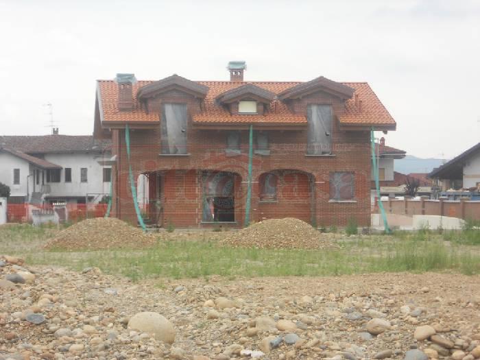 Villa in vendita a Torrazza Piemonte, 7 locali, prezzo € 350.000 | CambioCasa.it