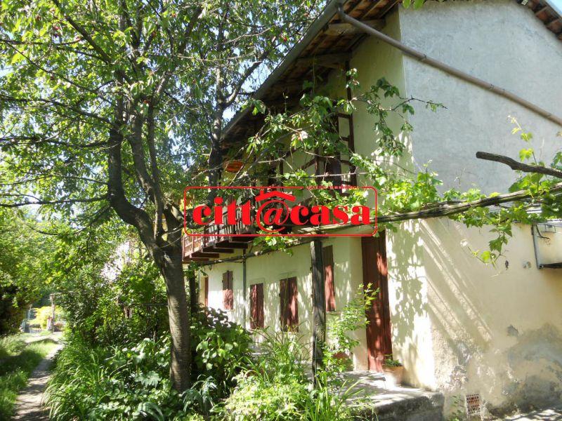Rustico / Casale in vendita a San Sebastiano da Po, 5 locali, Trattative riservate | CambioCasa.it