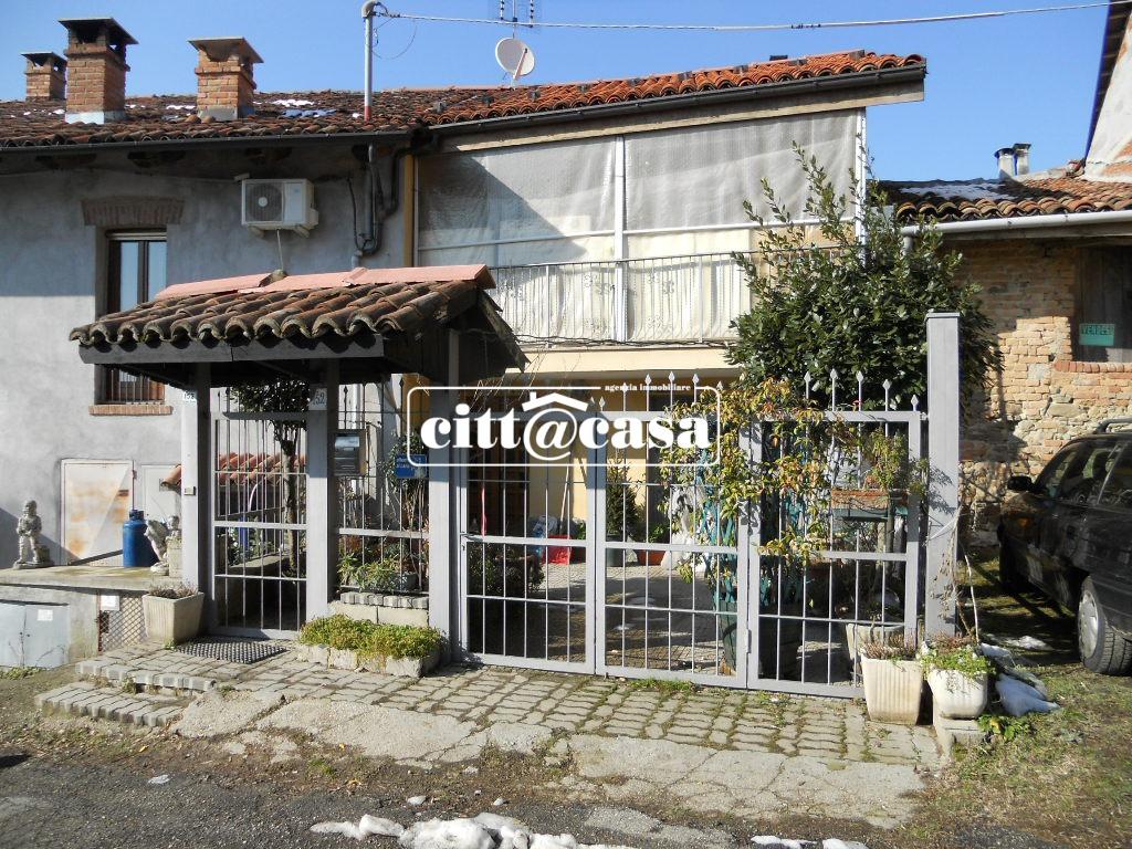 Soluzione Indipendente in vendita a Casalborgone, 5 locali, prezzo € 68.000   CambioCasa.it