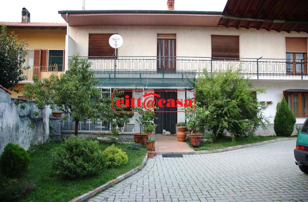 Soluzione Indipendente in vendita a Mazzè, 6 locali, prezzo € 195.000 | CambioCasa.it