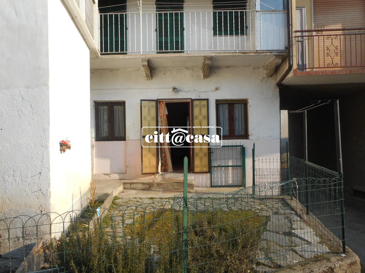 Appartamento in vendita a Lauriano, 2 locali, prezzo € 30.000 | CambioCasa.it
