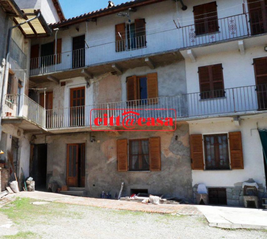 Soluzione Semindipendente in vendita a Montiglio Monferrato, 9 locali, prezzo € 58.000 | CambioCasa.it
