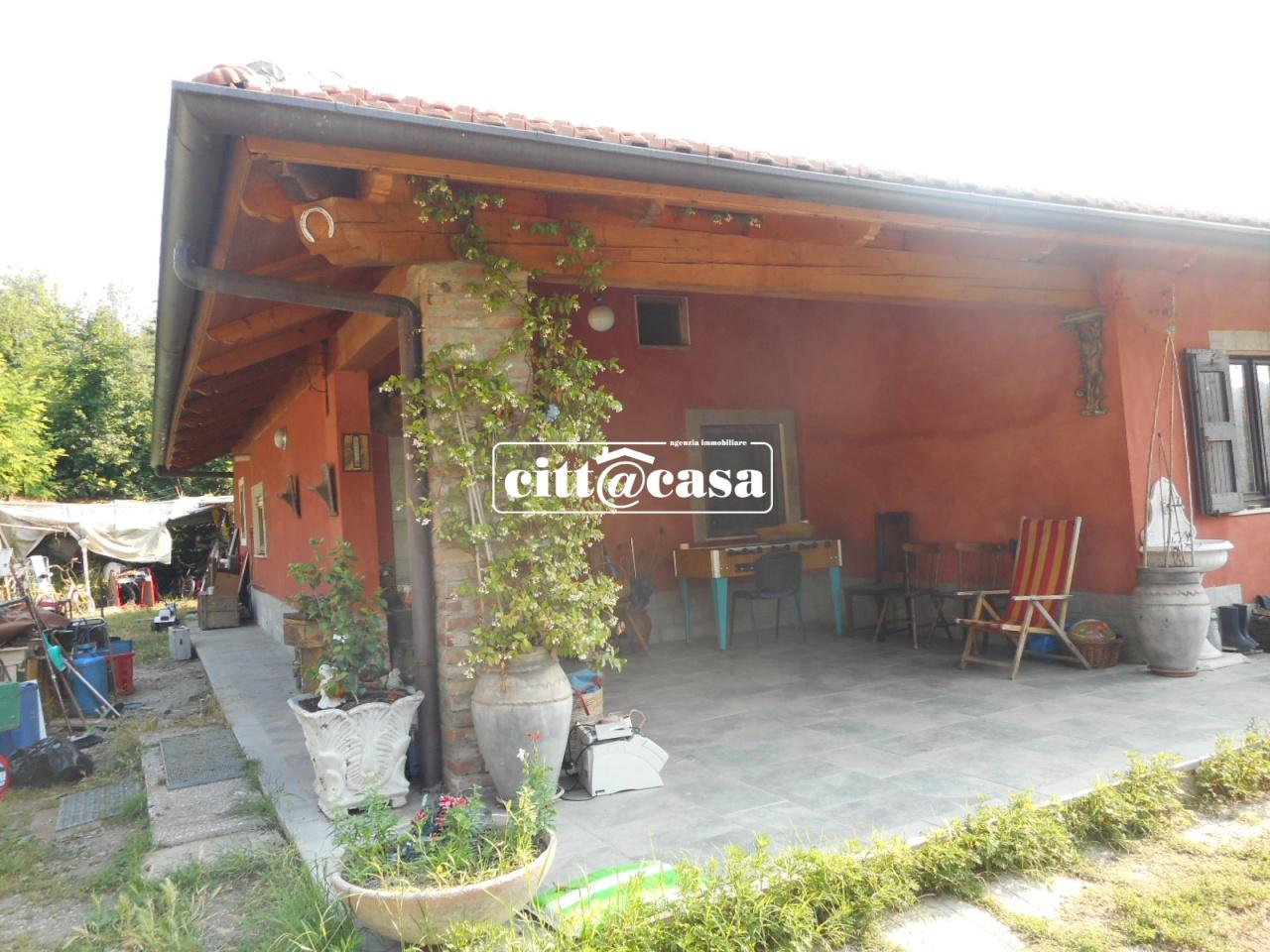 Villa in vendita a Casalborgone, 5 locali, prezzo € 230.000   CambioCasa.it