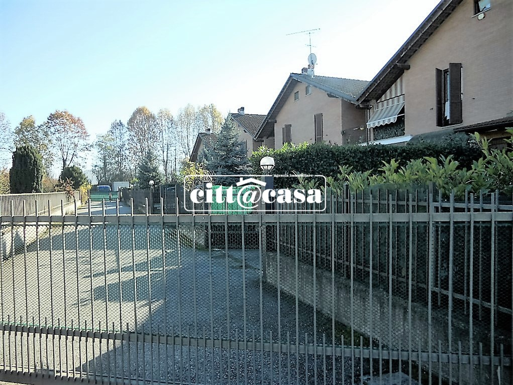 Villa a Schiera in Vendita a Lauriano