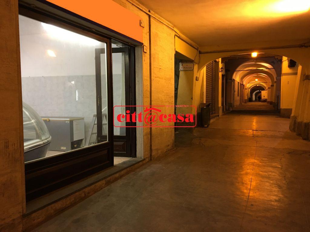 Negozio / Locale in vendita a Gassino Torinese, 2 locali, Trattative riservate | Cambio Casa.it