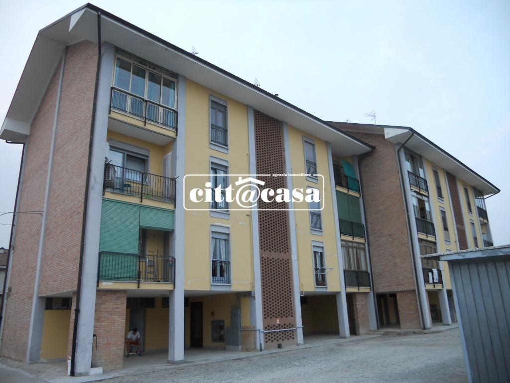 Appartamento in vendita a Montanaro, 4 locali, prezzo € 69.000 | CambioCasa.it