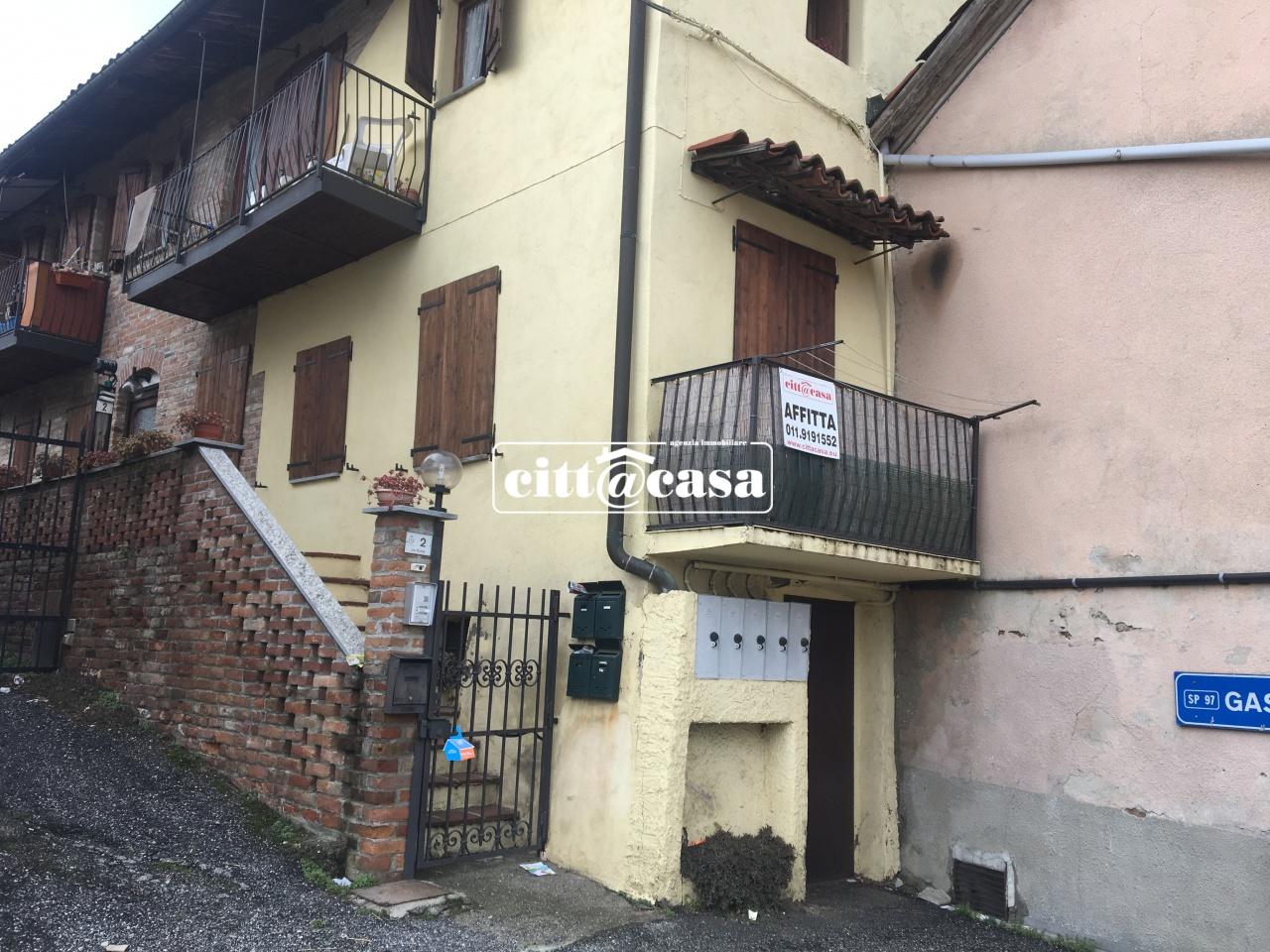 Appartamento in buone condizioni in affitto Rif. 6235486