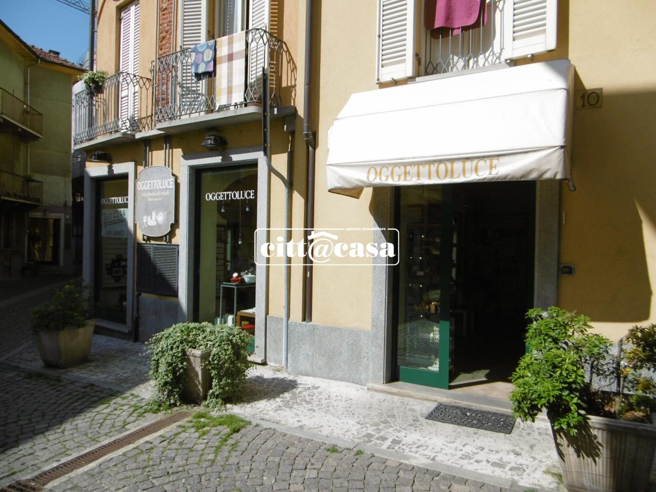 Negozio / Locale in affitto a Chivasso, 3 locali, prezzo € 1.100 | CambioCasa.it