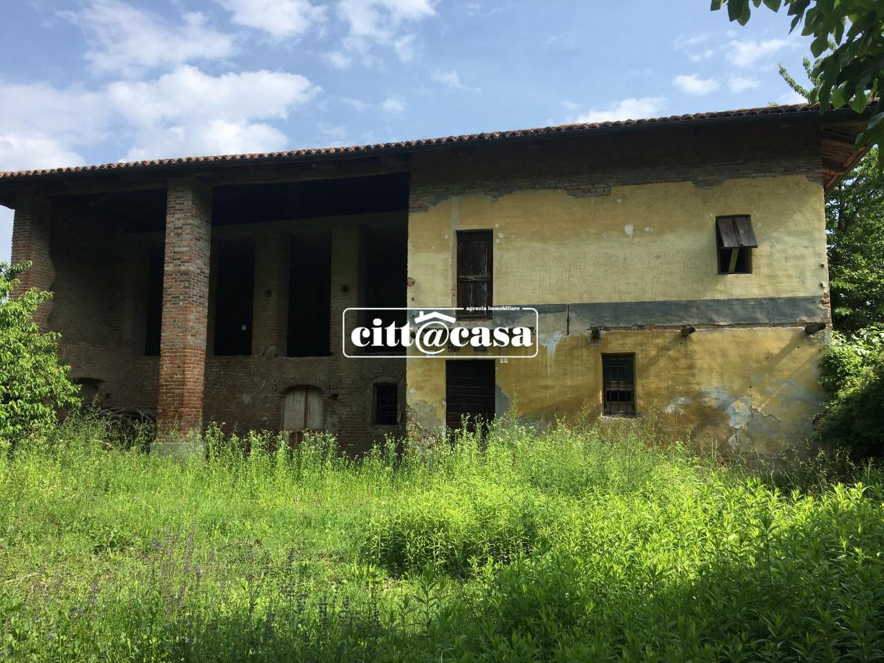 Rustico / Casale in discrete condizioni in vendita Rif. 7089859