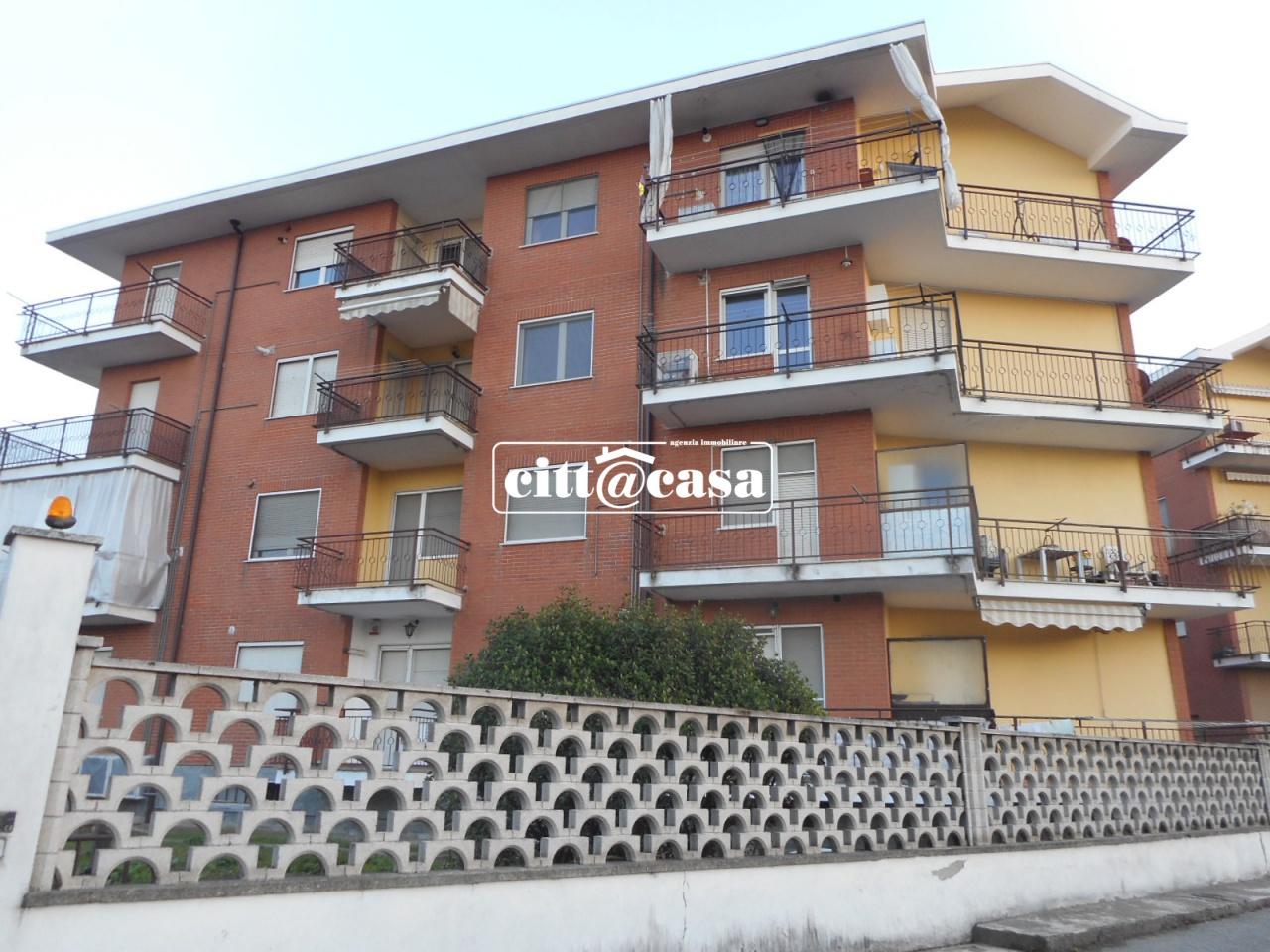 Appartamento da ristrutturare in affitto Rif. 8251027